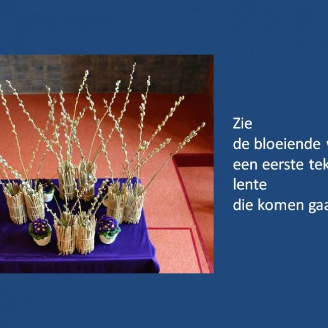 Bloemen in de Pelgrimskerk